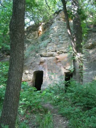Faris Cave, July 2003