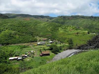 Kahakuloa village