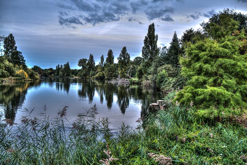 the Long Water at Kensington Gardens