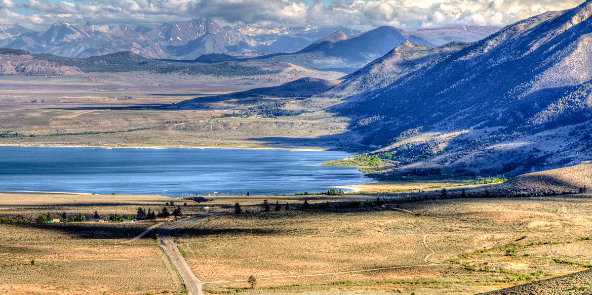 Mono Lake overview